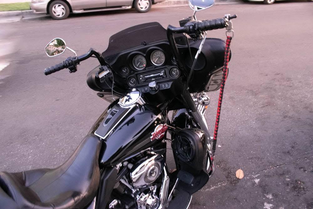 Lancaster CA - One Killed in Fatal Motorcycle Crash on Elm Ave