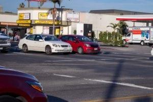 Van Nuys CA - Fatal Crash Takes 1 Life Injures 1 Other on W Vanowen St